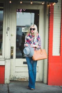 LittleMissFearless_flare-jeans-plaid-scarf-stripes-12