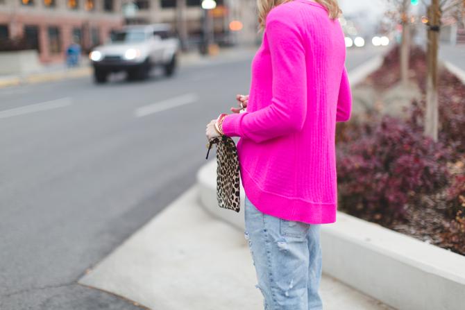 Little-Miss-Fearless_pink-DVF-sweater-leopard-clutch-10