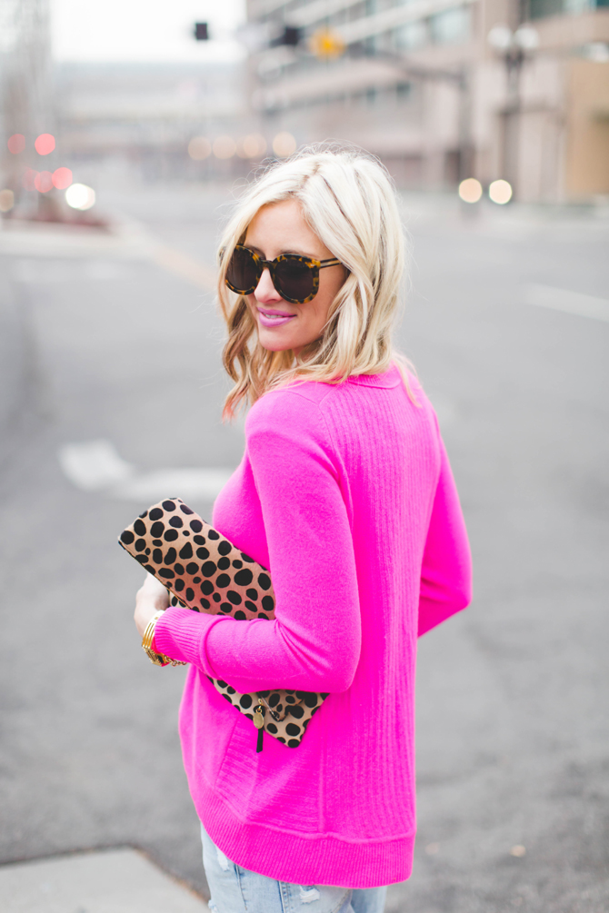Little-Miss-Fearless_pink-DVF-sweater-leopard-clutch-3