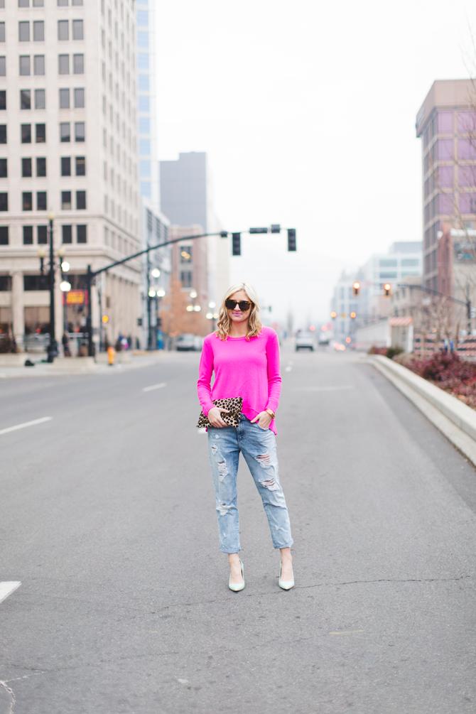Little-Miss-Fearless_pink-DVF-sweater-leopard-clutch-6