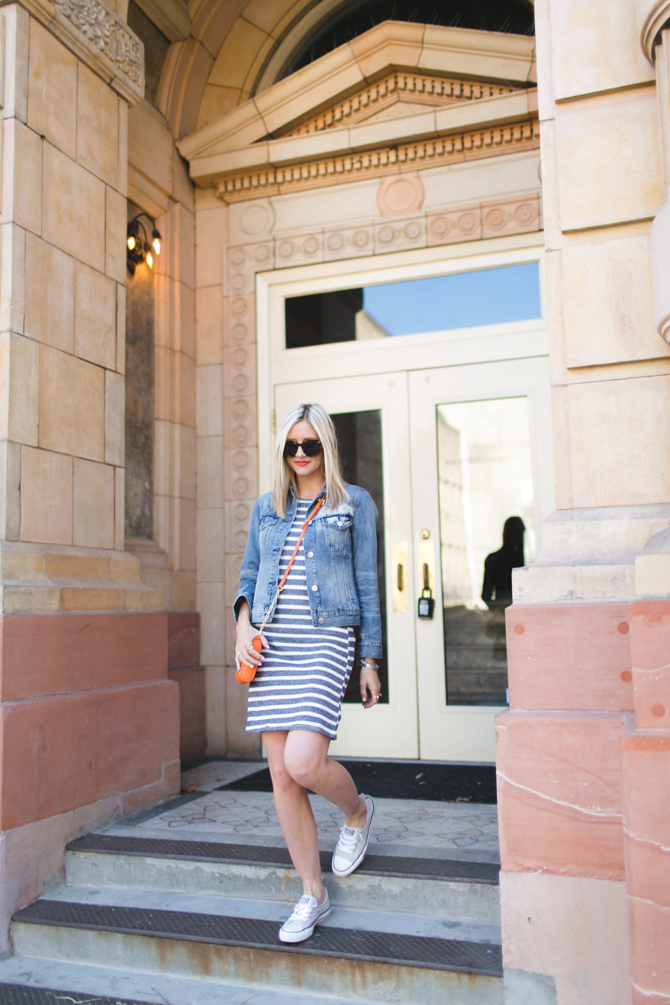 LittleMissFearless_gray striped dress orange crossbody 4
