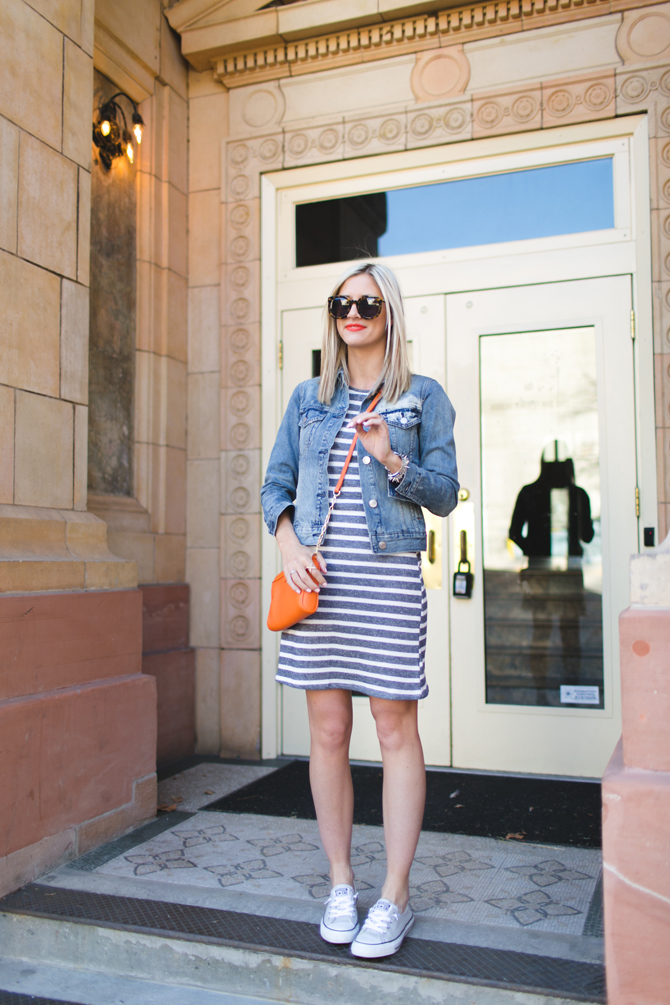 LittleMissFearless_gray striped dress orange crossbody 5