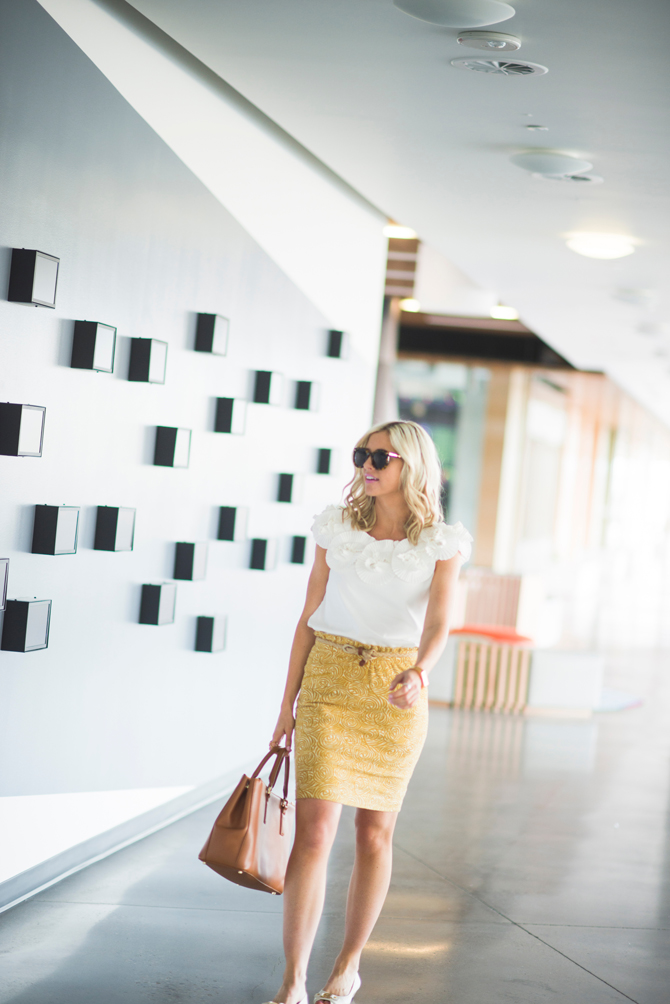 LittleMissFearless_wear to work outfit ideas yellow skirt 5