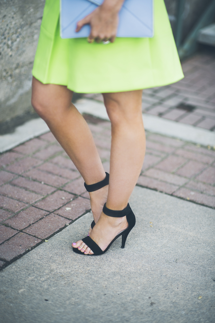 LittleMissFearless_what to wear with neon green 6