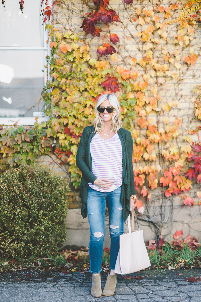 LittleMissFearless_Casual-Fall-Maternity-1