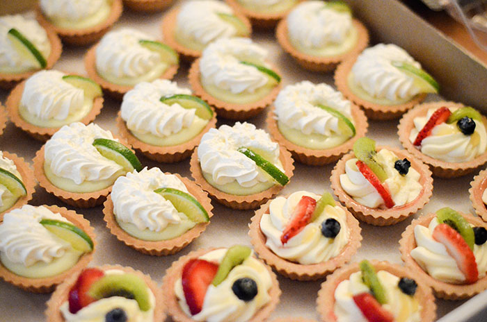 LittleMissFearless_Kneaders Bakery Giveaway-2