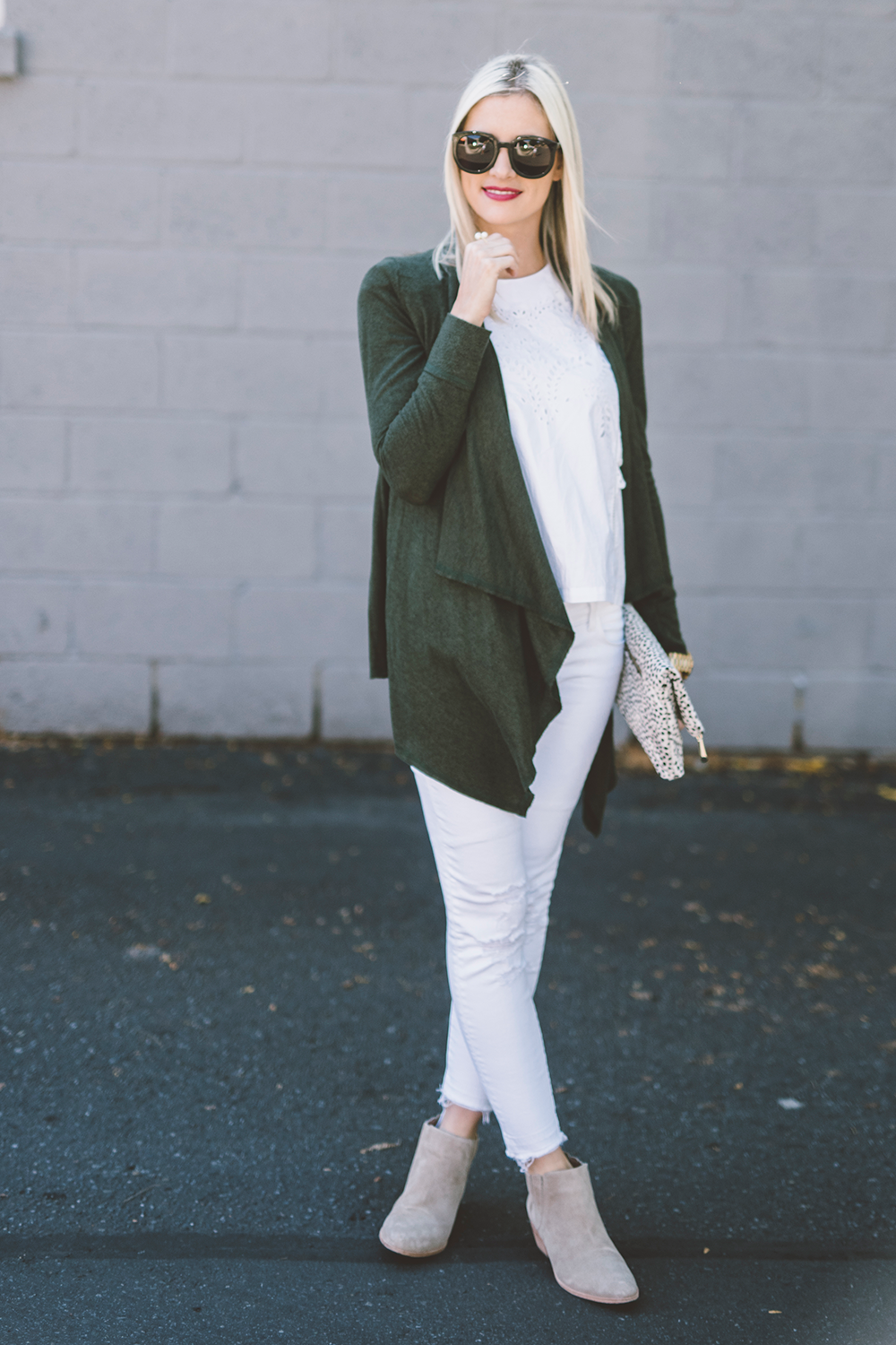littlemissfearless_white-fall-outfit-ideas-11