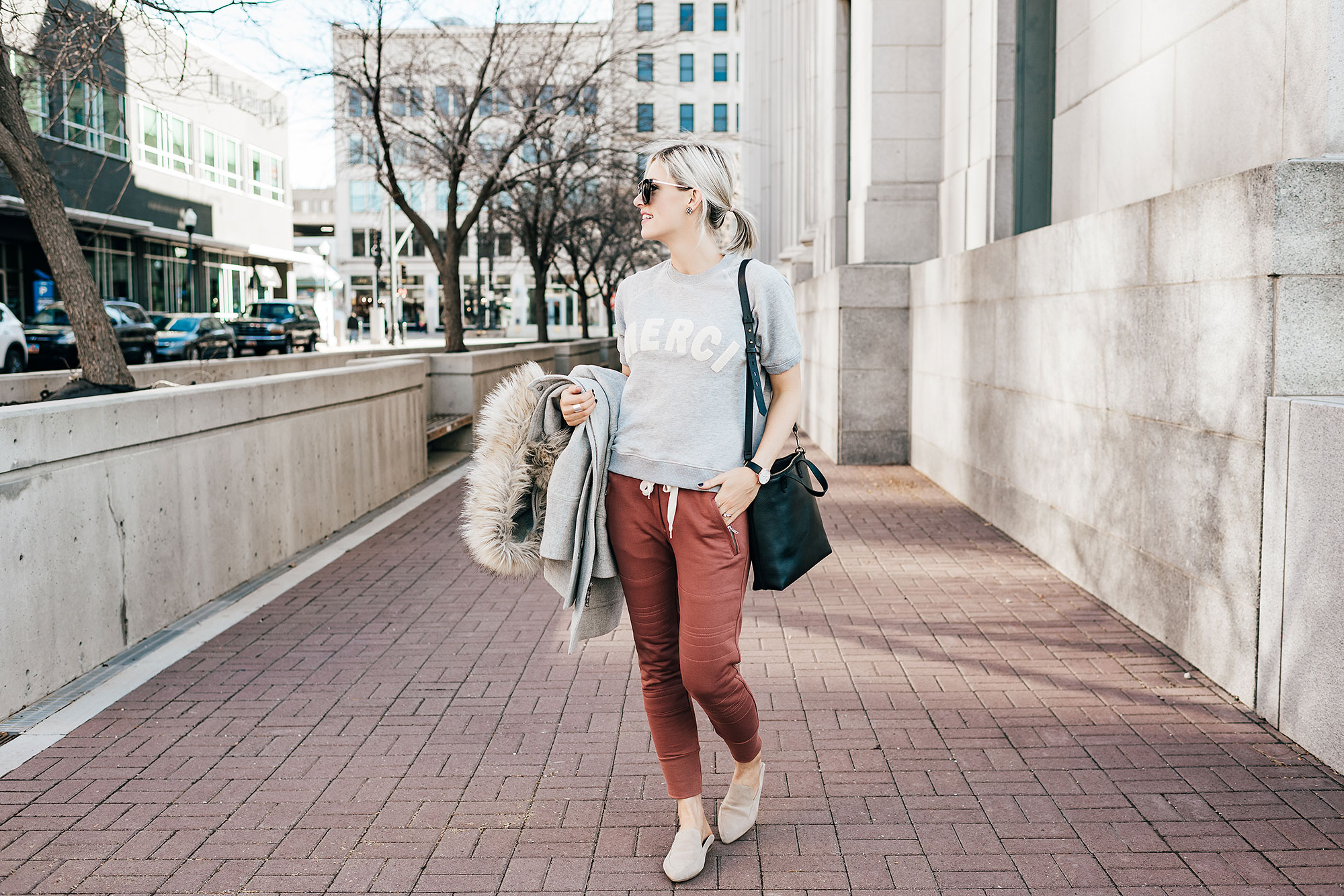 3 Ways to Wear Joggers in Your Fall/Winter Capsule Wardrobe | Little Miss Fearless