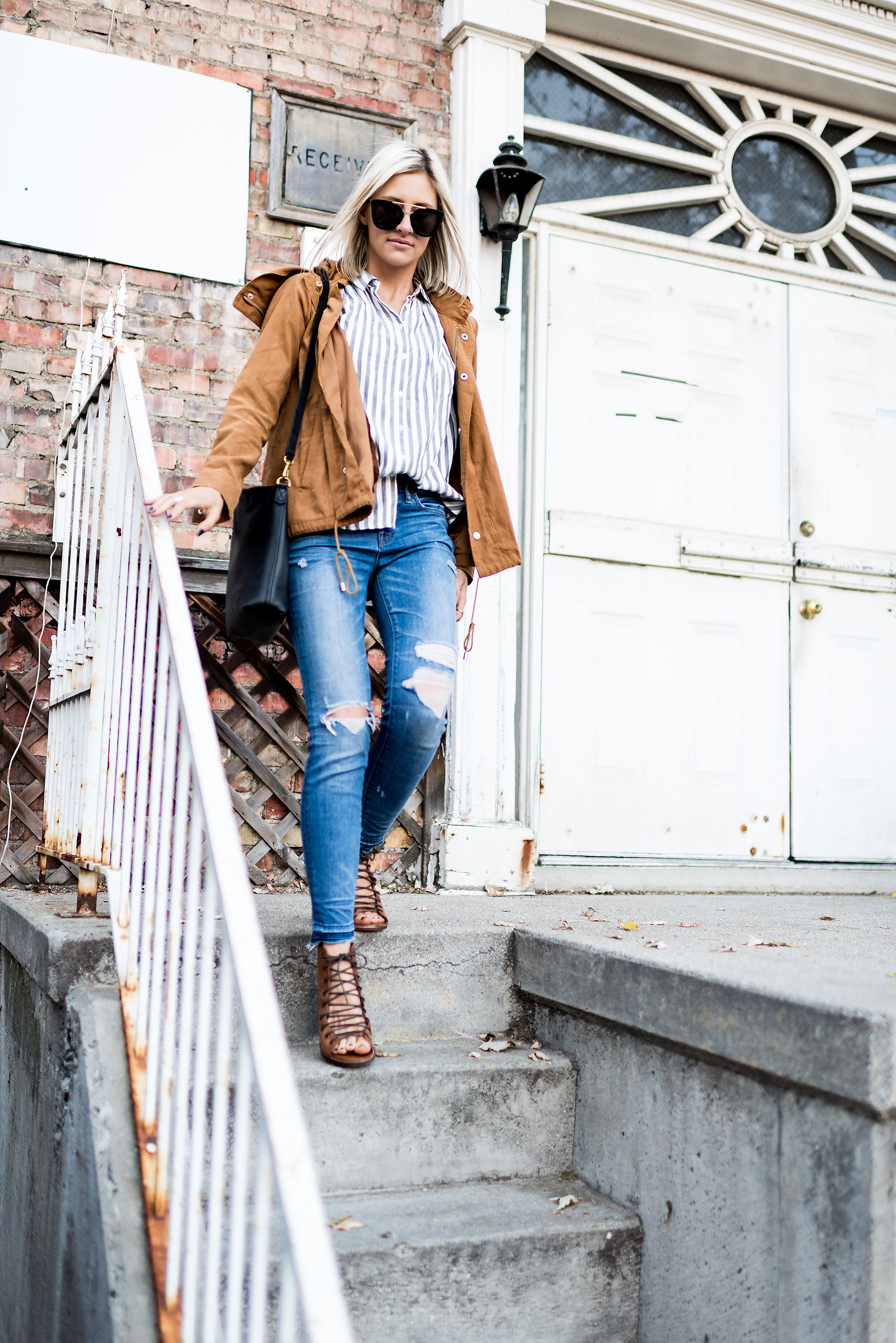 7 Guideposts for Creating a Capsule Wardrobe | Little Miss Fearless